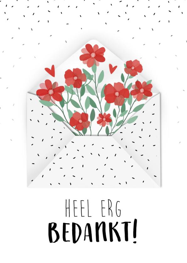 Bedankkaartjes - Bedankkaart met mooie bloemen die uit een envelop komen