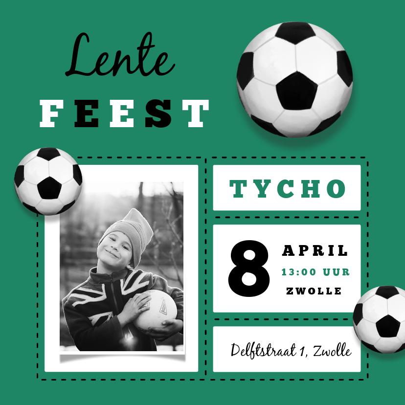 Communiekaarten - Lentefeest uitnodiging jongen stoer voetbal foto