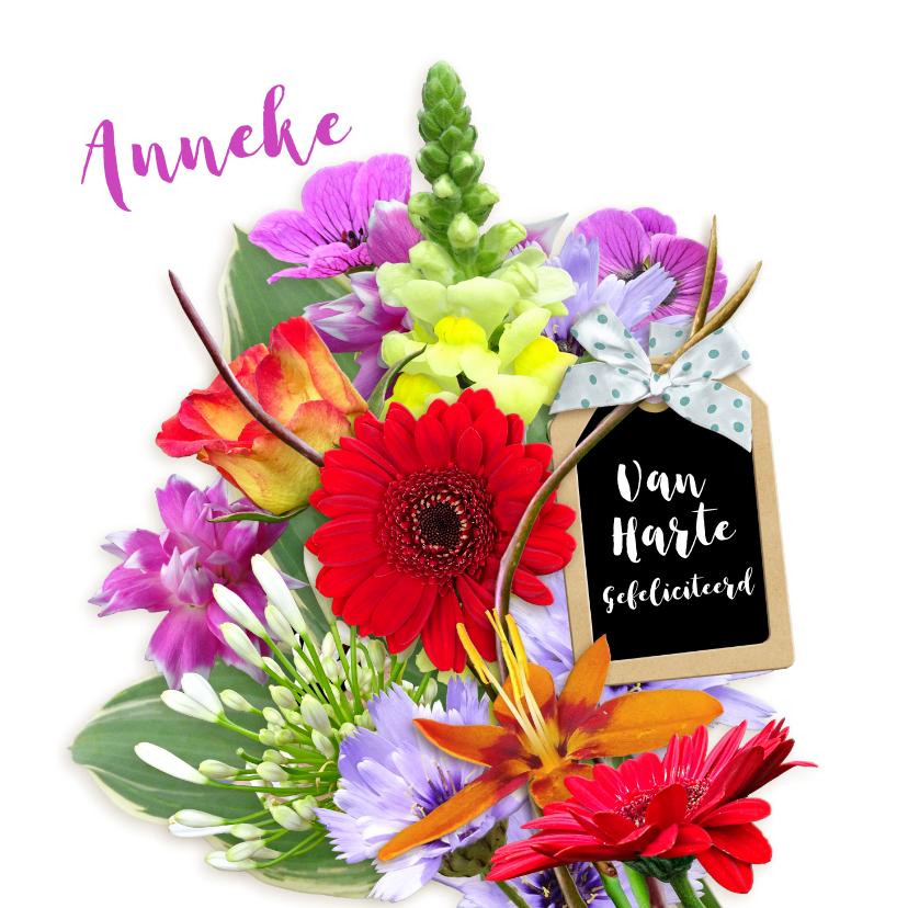 Felicitatiekaarten - Mooie felicitatiekaart met bloemen en label met strik