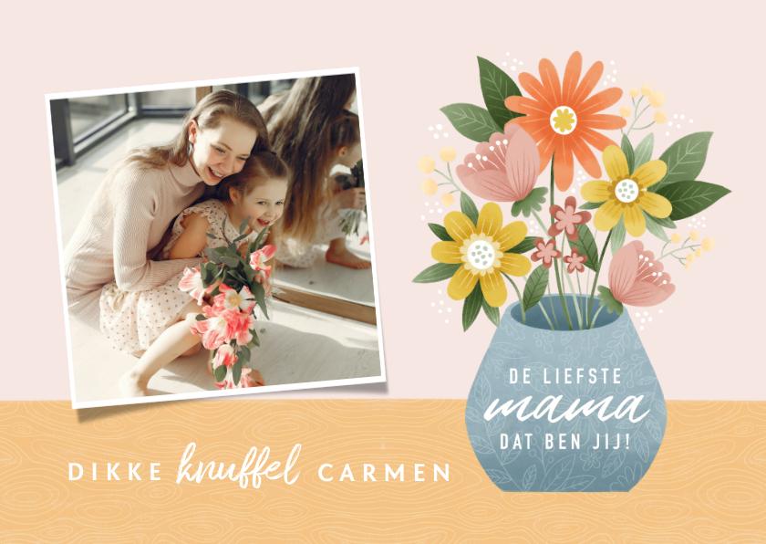 Fotokaarten - Fotokaart voor moederdag met bosje bloemen in vaas