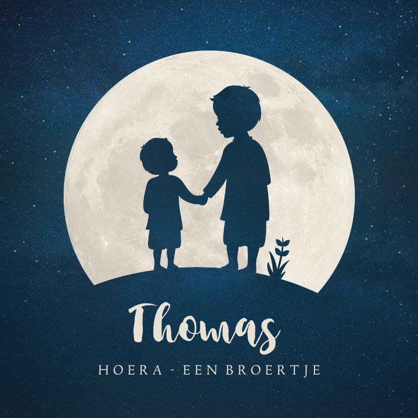 Geboortekaartjes - Geboortekaartje broertje silhouet hand in hand met maan