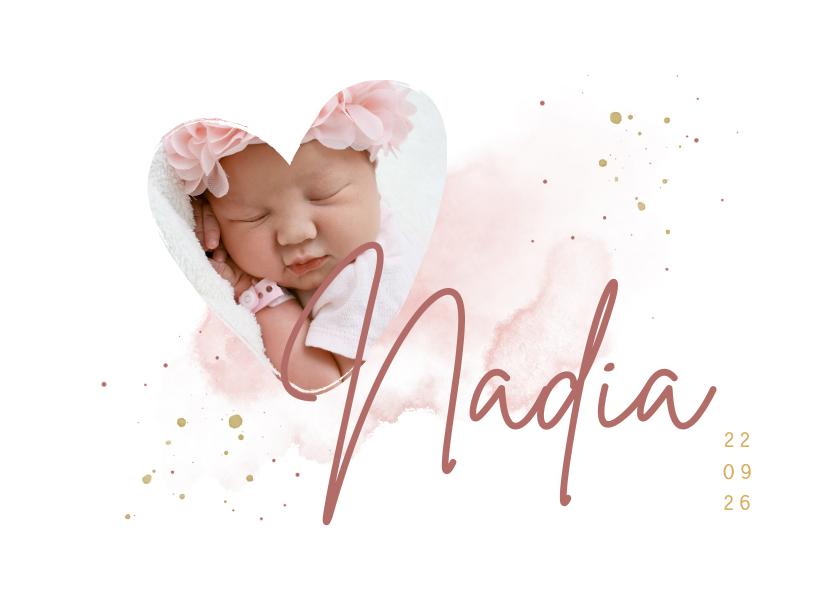 Geboortekaartjes - Geboortekaartje foto in hartjesvorm roze aquarel grote naam