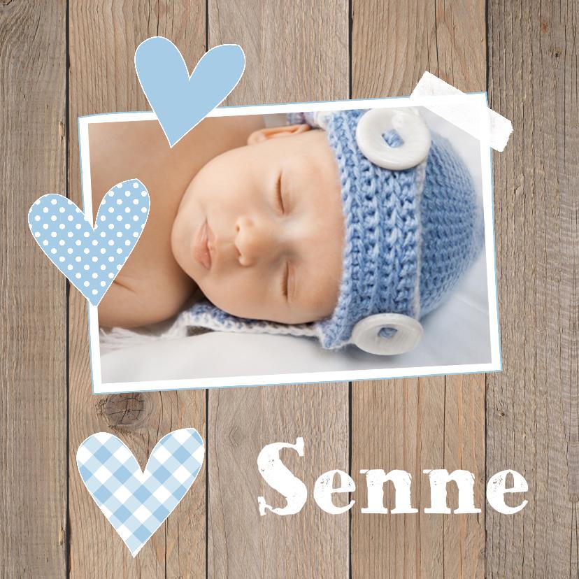 Geboortekaartjes - Geboortekaartje jongen foto hartjes hout