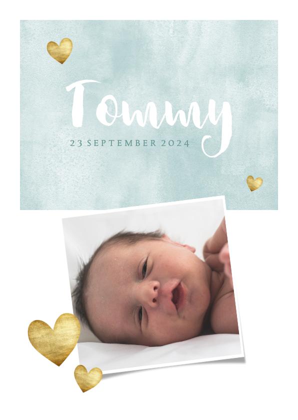 Geboortekaartjes - Geboortekaartje voor jongen met waterverf en gouden hartjes