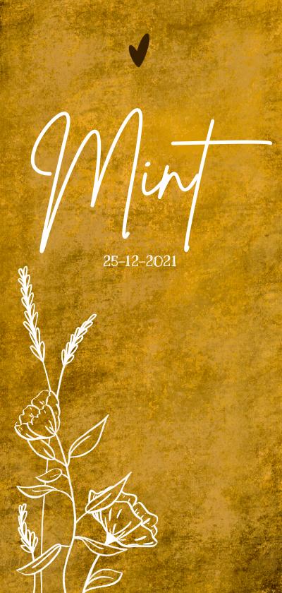 Geboortekaartjes - Okergeel geboortekaartje met wilde bloemen en hartje