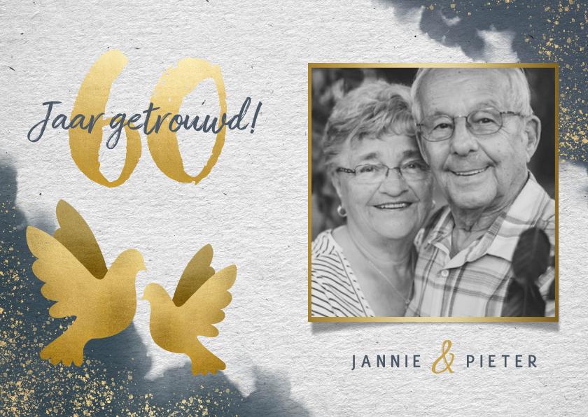 Jubileumkaarten - Stijlvolle jubileumkaart waterverf, gouden duiven en foto's
