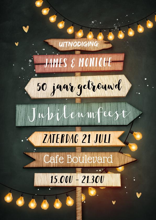 Jubileumkaarten - Uitnodiging 50 jarig jubileum wegwijzers krijtbord lampjes