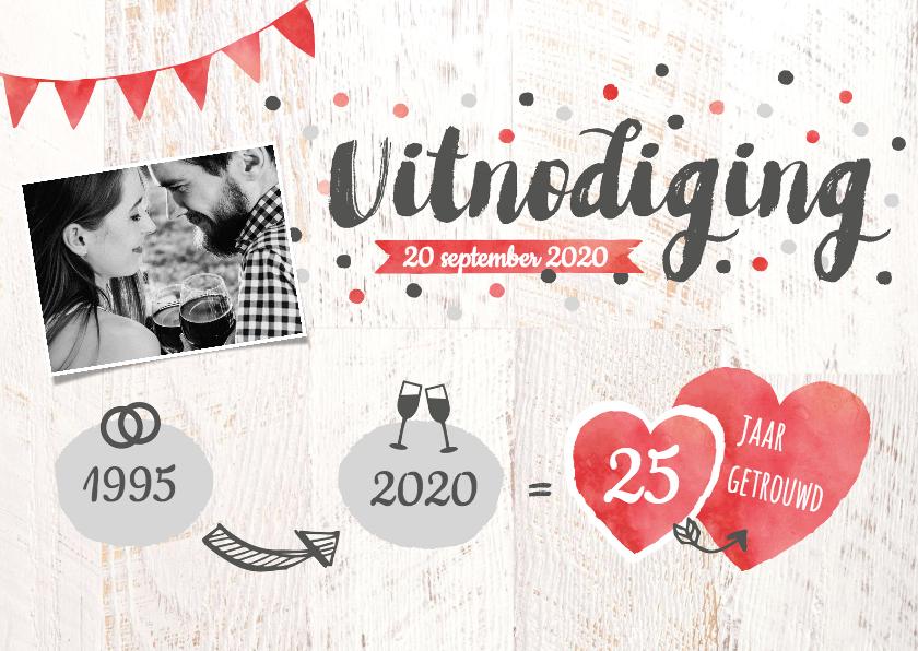 Jubileumkaarten - Uitnodiging jubileum foto, confetti, hartjes