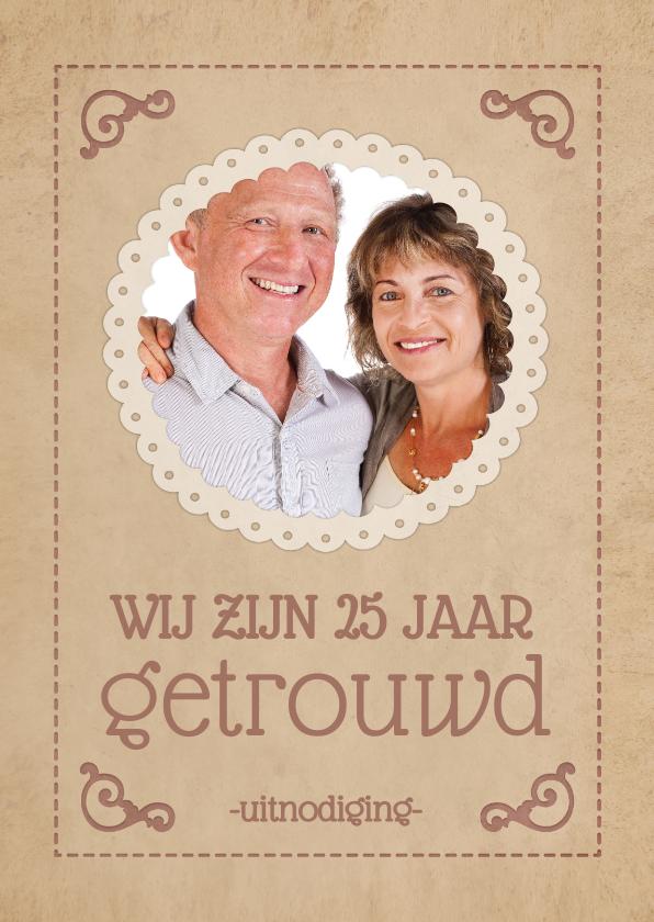 Jubileumkaarten - Uitnodiging jubileum klassieke poster 25 jaar getrouwd