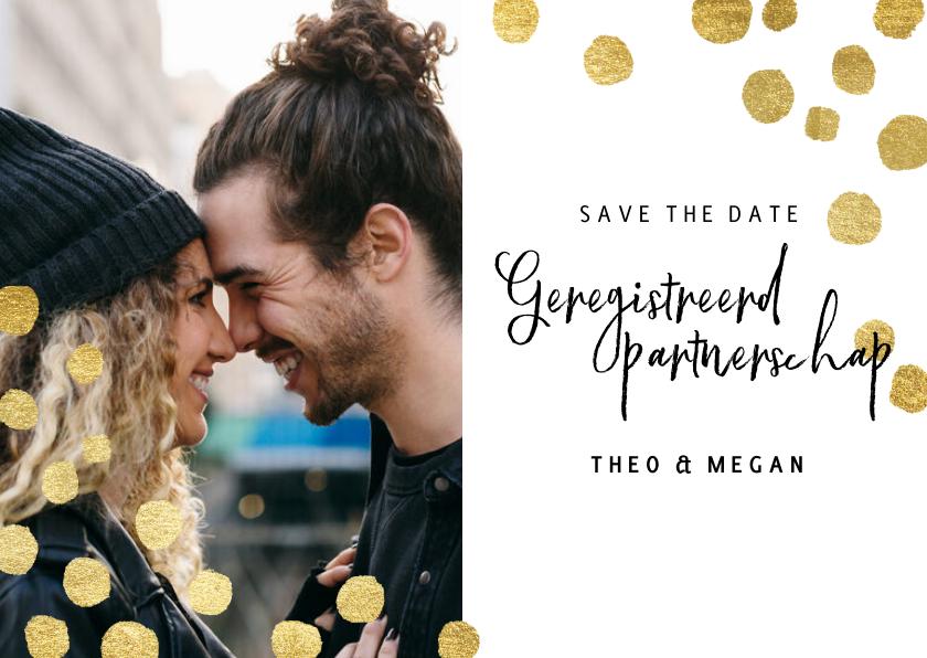 Kerstkaarten - Geregistreerd partnerschap kerstkaart gouden confetti & foto
