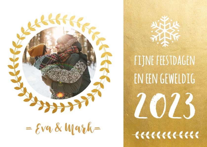 Kerstkaarten - Hippe en stijlvolle kerstkaart  lauwerkrans en goudlook