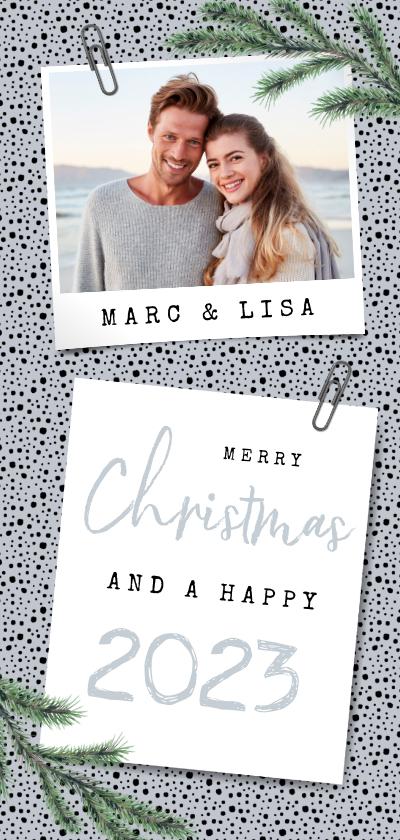 Kerstkaarten - Kerst en nieuwjaarskaart met stipjes eigen foto en dennentak