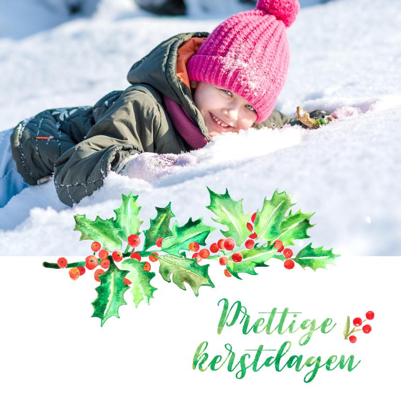 Kerstkaarten - Kerstkaart foto met hulsttak en besjes