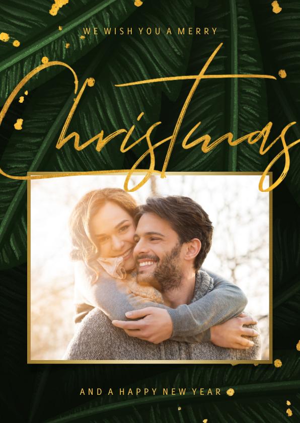 Kerstkaarten - Kerstkaart jungle bladeren met foto en gouden 'christmas'