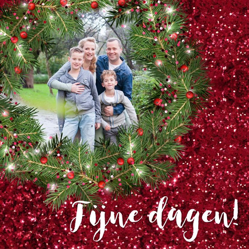 Kerstkaarten - Kerstkaart met foto kerstkrans en rode glitter