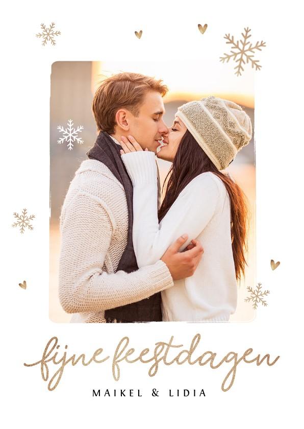 Kerstkaarten - Kerstkaart romantisch met sneeuwvlokjes hartjes en foto