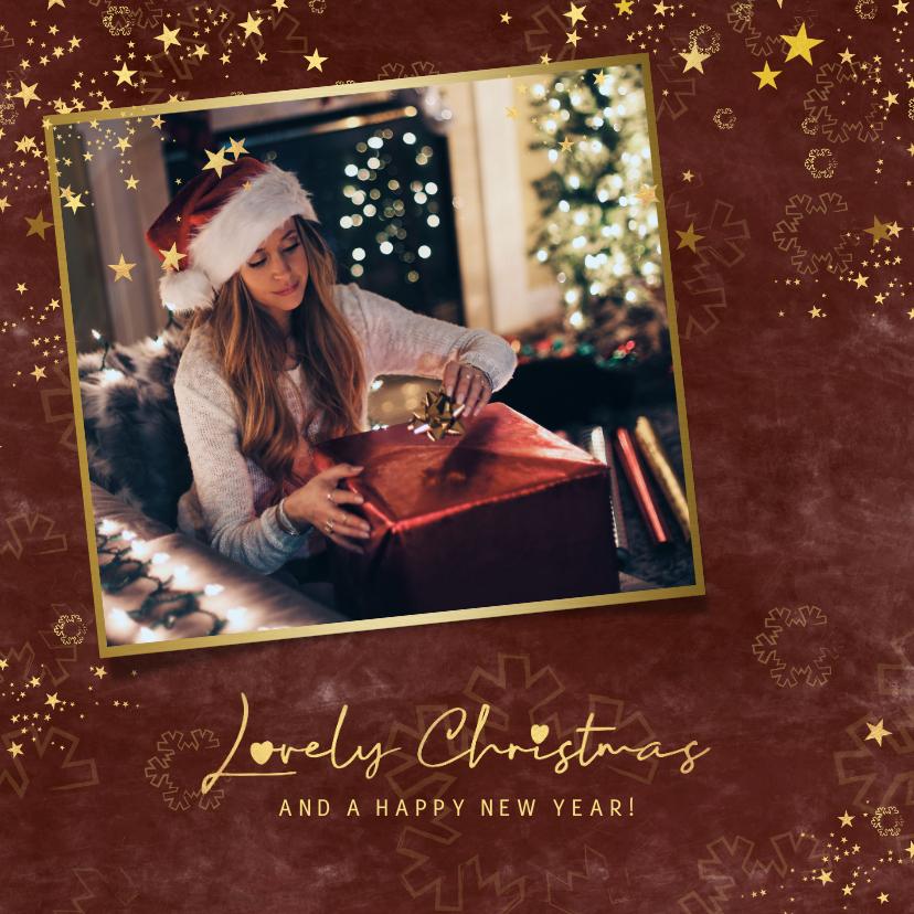 Kerstkaarten - Kerstkaart stijlvol roestbruin gouden sterren en foto