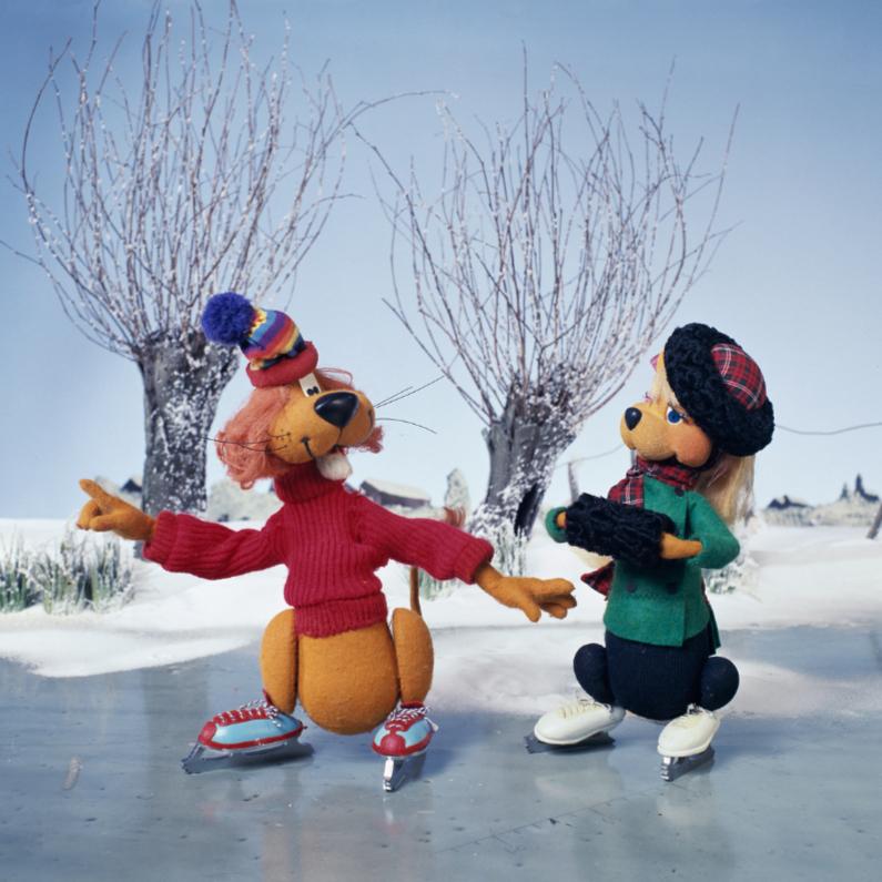 Kerstkaarten - Loeki de Leeuw schaatst met Roos