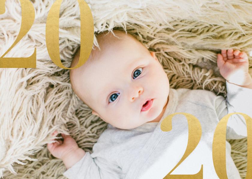 Kerstkaarten - Stijlvolle nieuwjaarskaart met grote foto en gouden 2020
