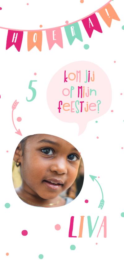 Kinderfeestjes - Kinderfeestje spreekwolkje met vlaggetjes meisje