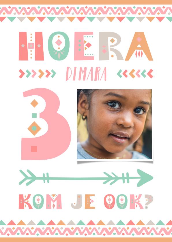 Kinderfeestjes - Kinderfeestje tribal stijl uitnodiging 3 jaar meisje