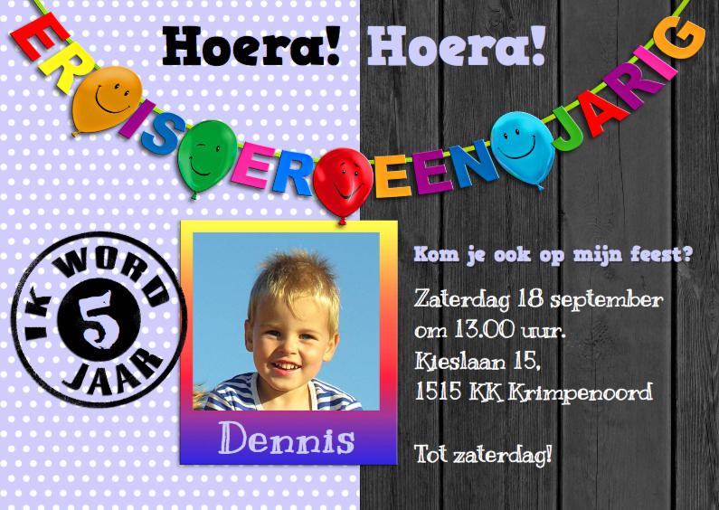 Kinderfeestjes - Leuke uitnodiging voor feest van jongen met stippen en foto