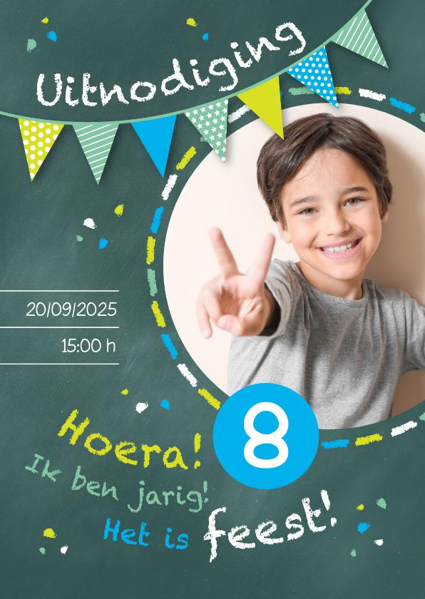 Kinderfeestjes - Uitnodiging kinderfeestje kriijtbord blauw