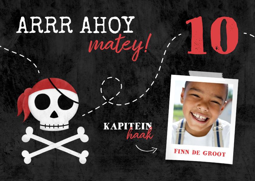 Kinderfeestjes - Uitnodiging piratenfeestje met schedel en foto