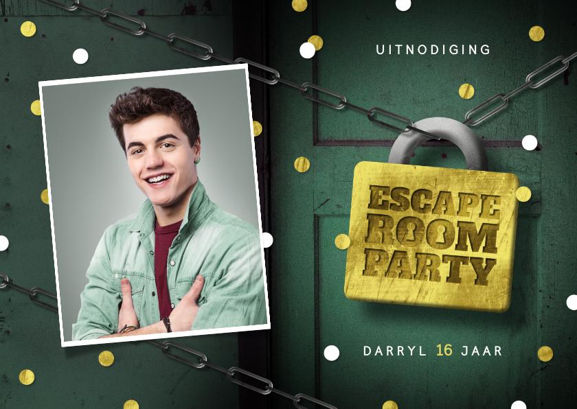 Kinderfeestjes - Uitnodigingskaart escape room slot foto deur confetti