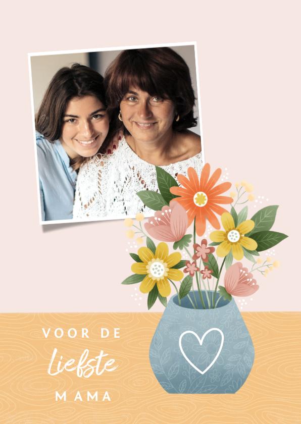Moederdag kaarten - Hippe moederdag kaart met bosje bloemen en foto