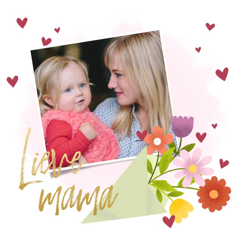 Moederdag kaarten - Lieve moederdagkaart met bos bloemen, hartjes en foto