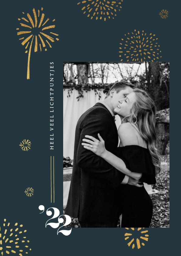 Nieuwjaarskaarten - Nieuwjaarskaart vuurwerk goud 2022 foto lichtpuntjes