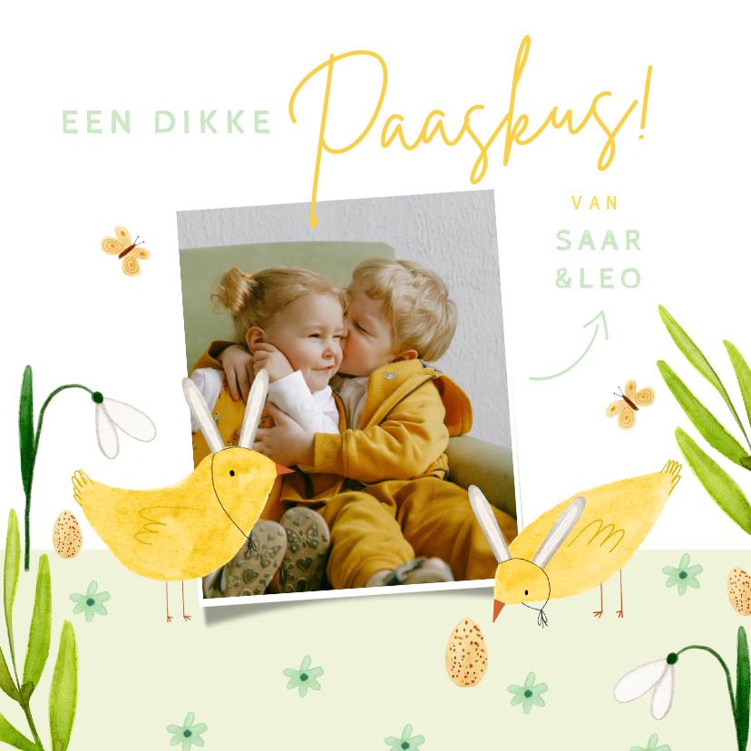 Paaskaarten - Vrolijke paaskaart dikke paaskus met foto en kuikens geel