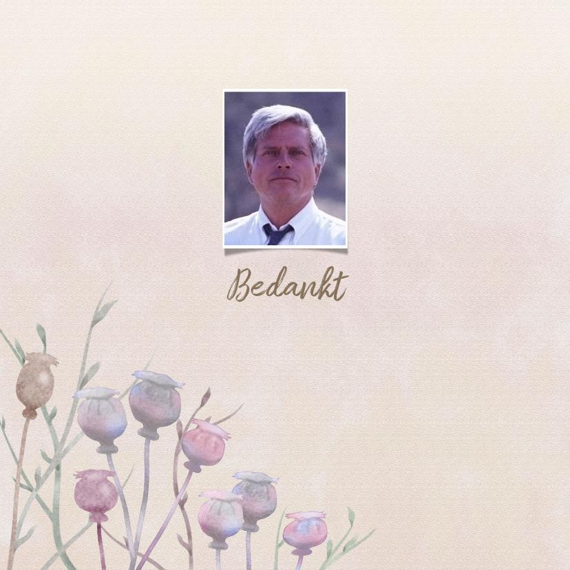 Rouwkaarten - Mooie rouwkaart met papaver op gewassen achtergrond en foto