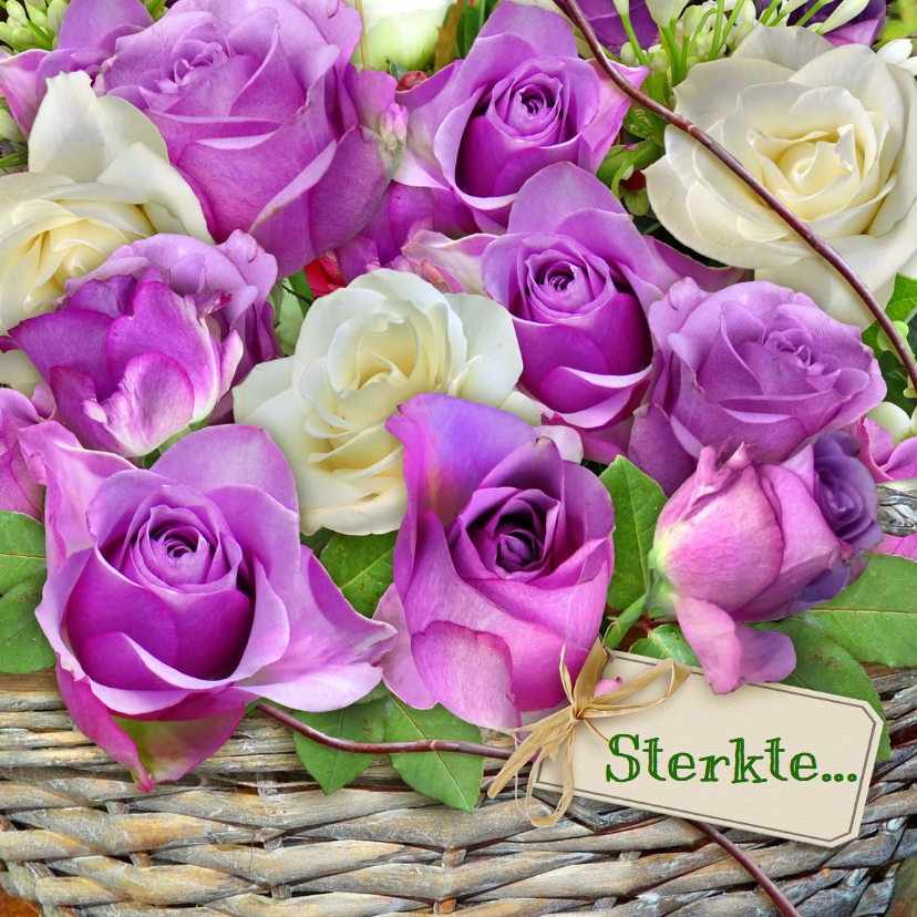 Sterkte kaarten - Mooie sterkte kaart met paarse roosjes in mandje