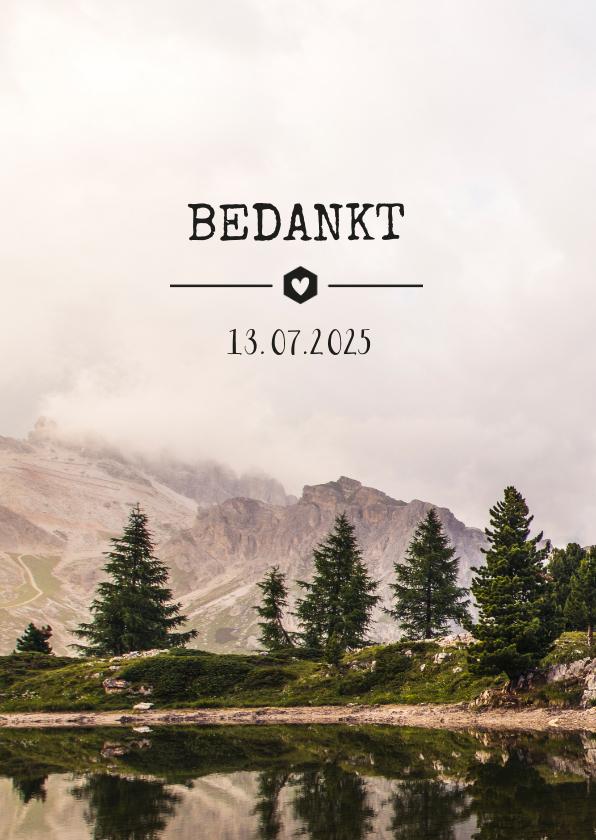 Trouwkaarten - Bedankkaartje trouwdag met een  natuur berglandschap