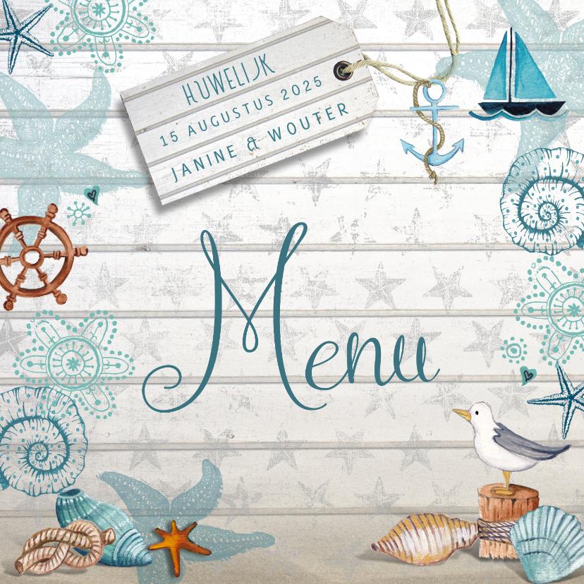 Trouwkaarten - Menukaart Strand en schelpen met hout en sterren achtergrond