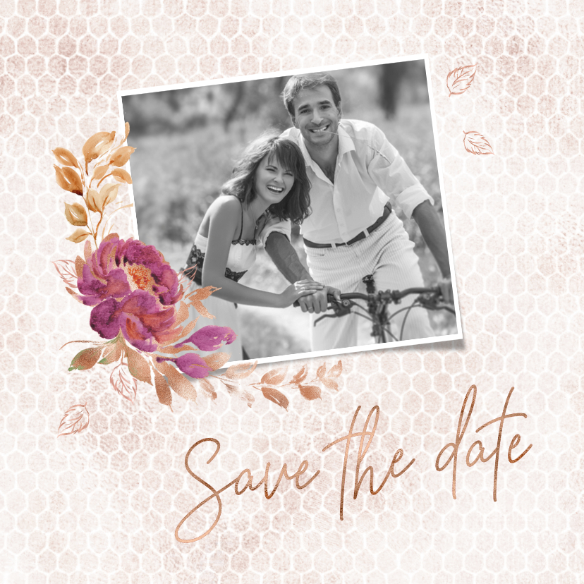 Trouwkaarten - Save the date kaart boeket met roos op honingraatmotief