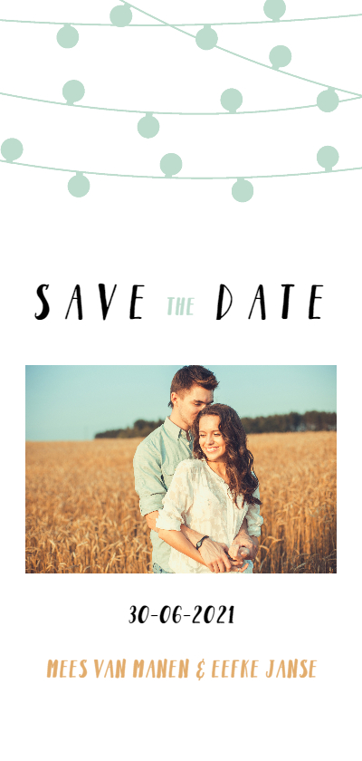 Trouwkaarten - Save the date kaart met lampjesslingers en foto