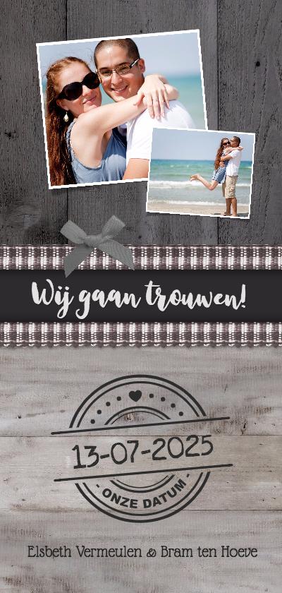 Trouwkaarten - Trouwkaart langwerpig stijlvol met hout en foto's