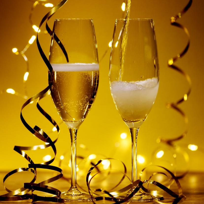 Uitnodigingen - Champagne bubbels met slingers