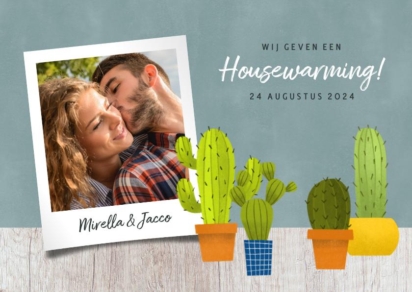 Uitnodigingen - Hippe uitnodiging voor een housewarming met cactussen & hout