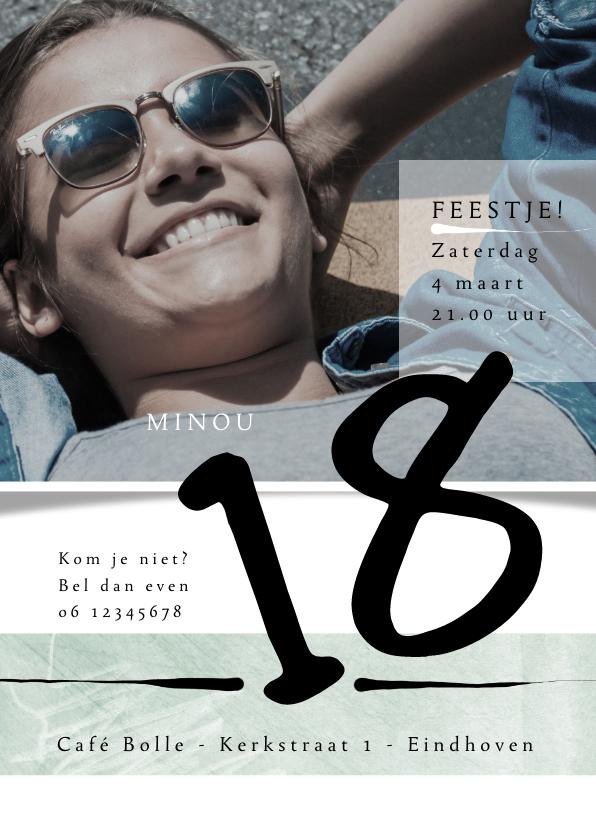 Uitnodigingen - Uitnodiging 18de verjaardag met foto en leuke vlakverdeling