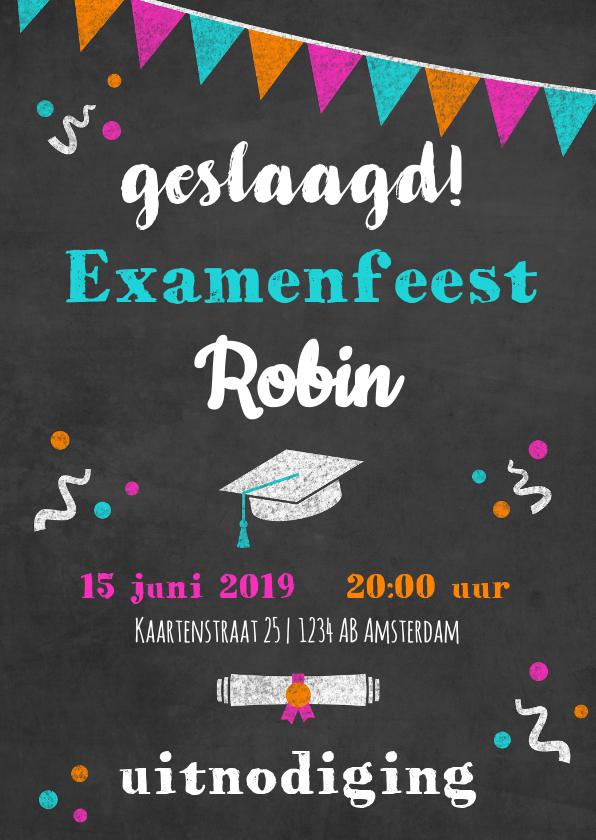 Uitnodigingen - Uitnodiging examenfeestje met tekst en slingers op krijtbord