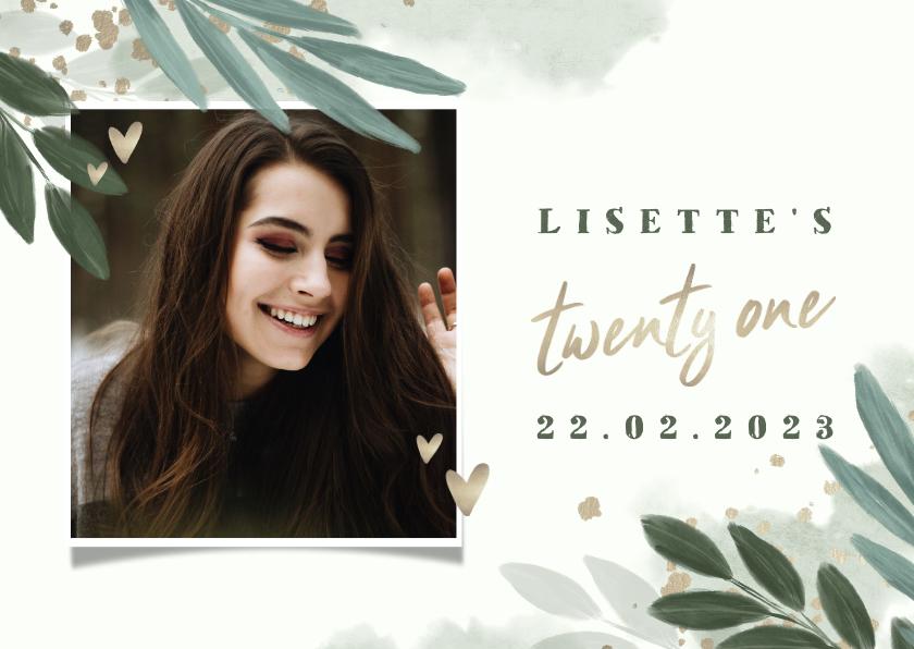 Uitnodigingen - Uitnodiging 'twenty one' botanisch met gouden hartjes