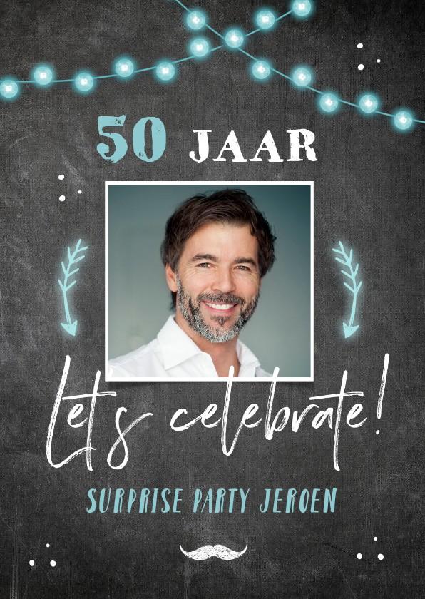 Uitnodigingen - Uitnodiging verjaardag krijtbord lampjes en pijlen