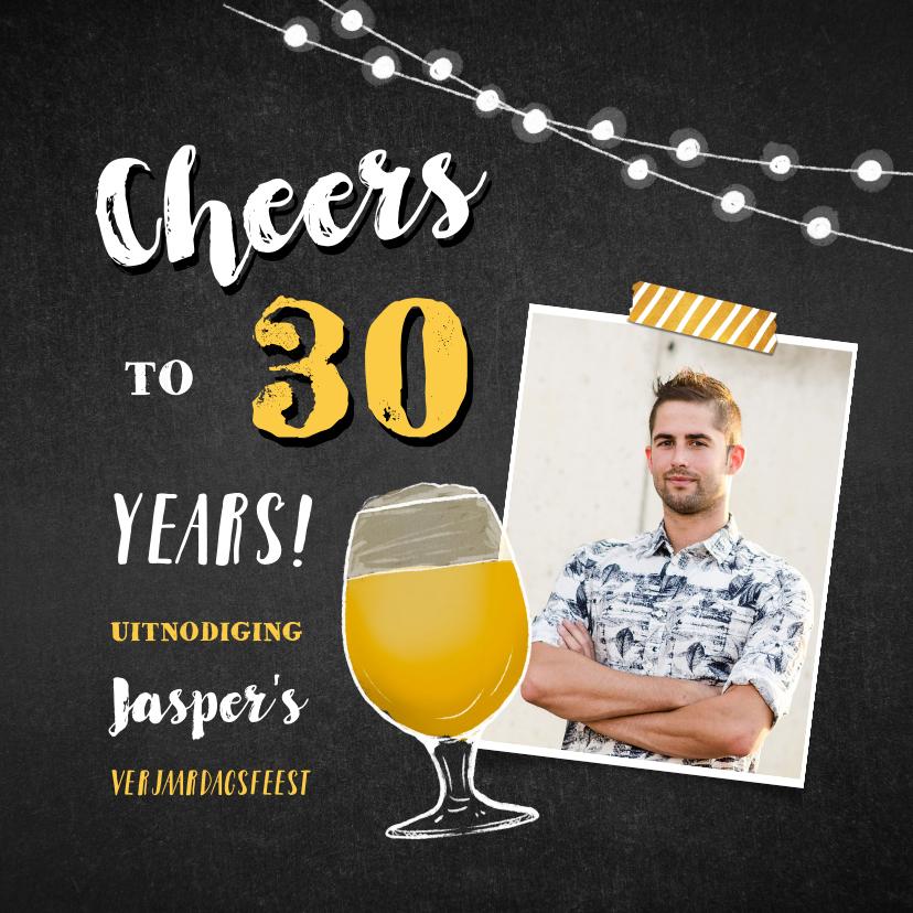 Uitnodigingen - Uitnodiging verjaardag man hip en stoer met krijtbord