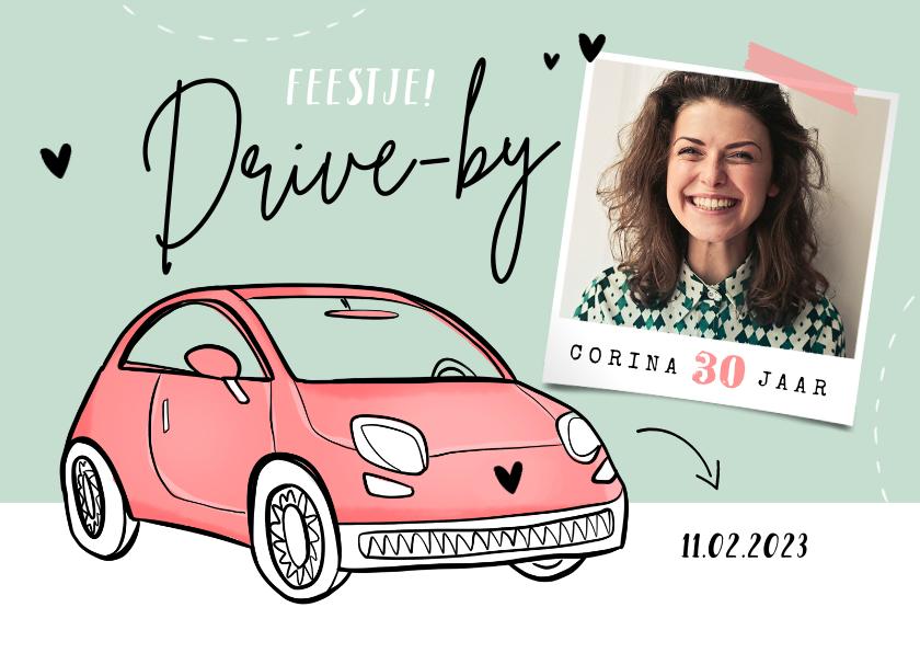 Uitnodigingen - Uitnodigingskaart drive-thru auto vrouw verjaardag foto