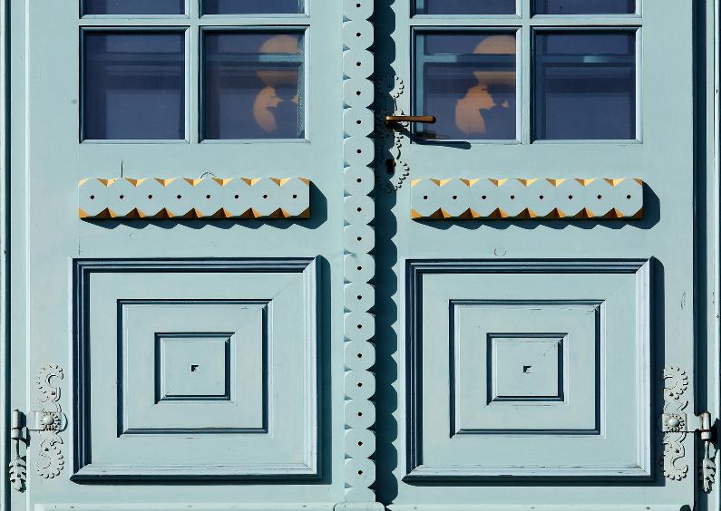 Vakantiekaarten - Detail van mooie voordeur - OT