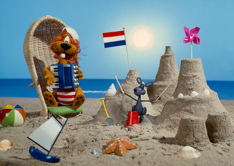 Vakantiekaarten - Loeki de Leeuw en Piep op strand